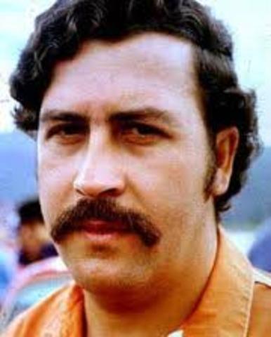 Pablo Escobar Atemoriza Al Pais