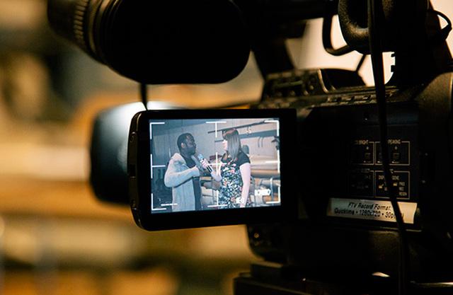 Transmissão de programas educativos pela televisão nos EUA
