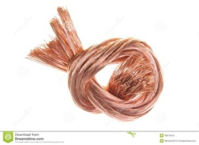 850 d.C.- Los moros de España preparan por primera vez cobre puro