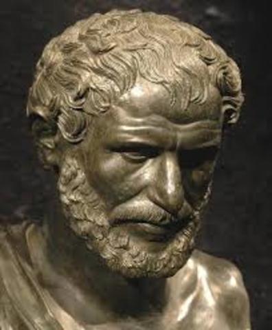 700 a.C. Heráclito