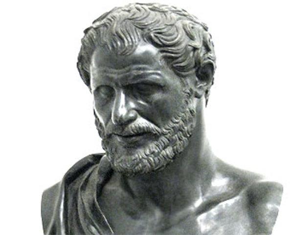 470 a.C. Demócrito