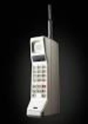 ORIGEN primer celular (Dynatac 8000x)