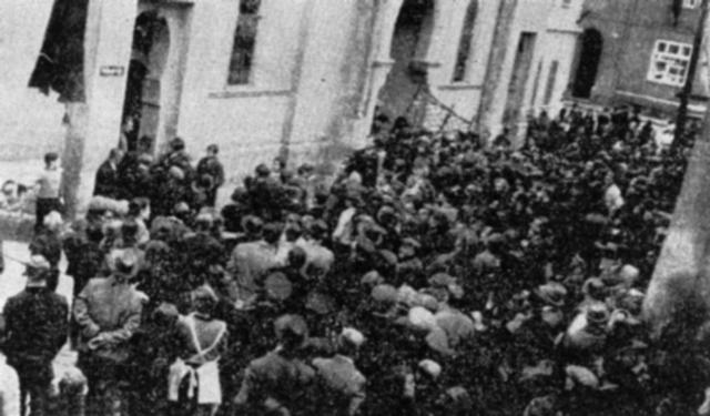 Germany annexes Sudetenland (Czechoslovakia)