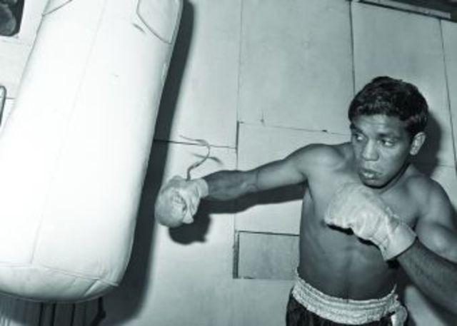 Lionel Rose becomes  Bantamweight world boxing champion.