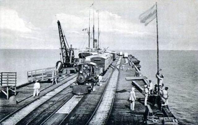 Inauguracion del muelle de Puerto Colombia