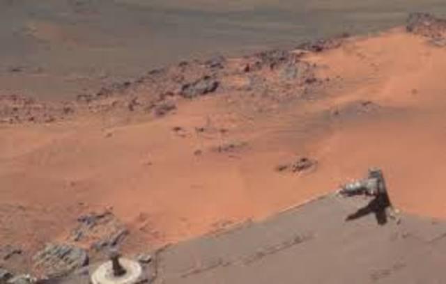 2000: se publican las primeras imágenes de Marte