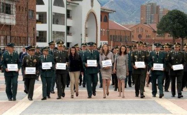Fundación de la escuela militar de cadetes en Bogotá y la escuela naval de Cartagena