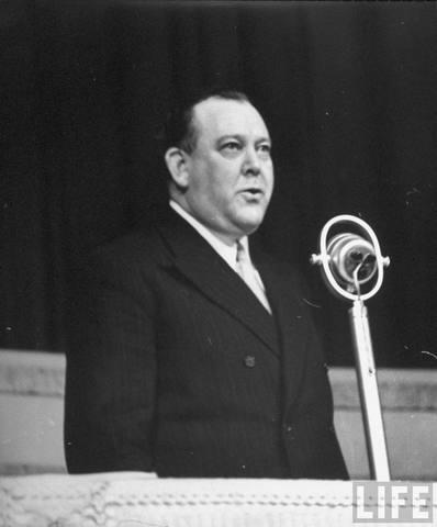 1 febrero 1946