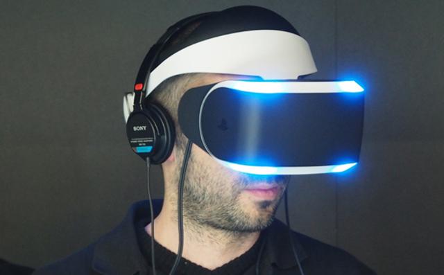 Primer casco de realidad virtual