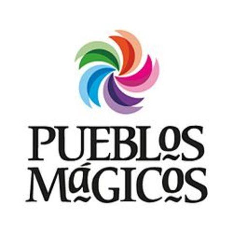 Surge el programa Pueblos magicos, con el objetivo de estructurar una oferta turística complementaria y diversificada hacia el interior del país, y cuyos singulares sitios tienen grandes atributos histórico-culturales