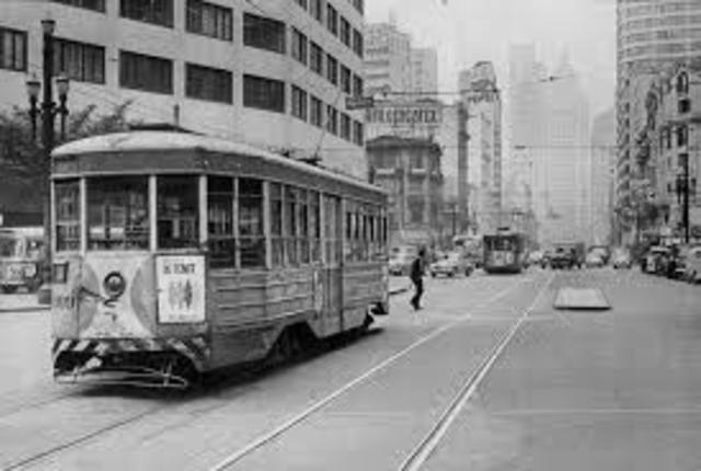1966 - Lula consegue novo emprego