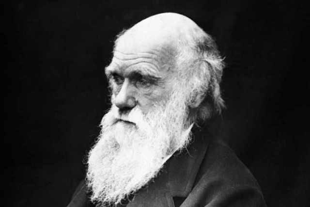 """Charles Darwin publica """"El origen de las especies"""""""