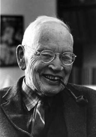Alfred Henry Sturtevant crea el primer mapa genético de un cromosoma