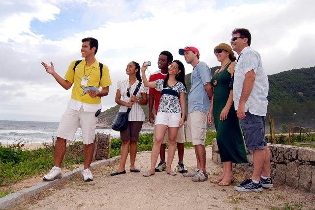 Reglamento de Guías de Turistas, Guías Chóferes y similares