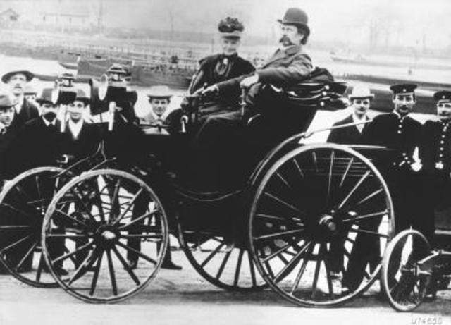 1885 Karl Benz