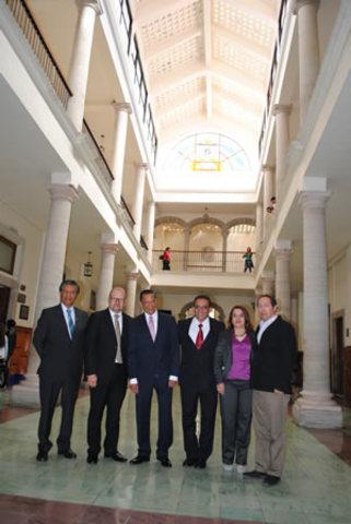 2015 Presenta Luis Felipe Guerrero Agripino, Rector General de la Universidad de Guanajuato a su equipo directivo