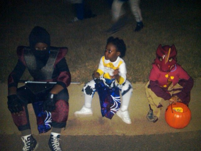 Halloween With My Sister and Friends