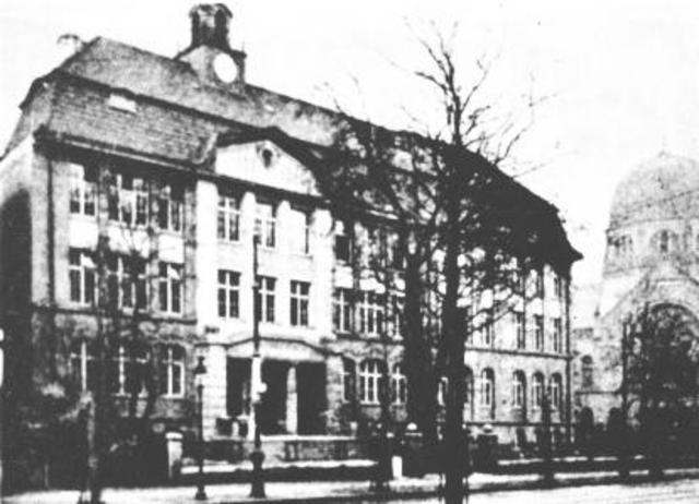 Irene and Olga Attend School in Neustadt