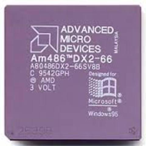Debuta la familia de microprocesadores AMD Am486®.