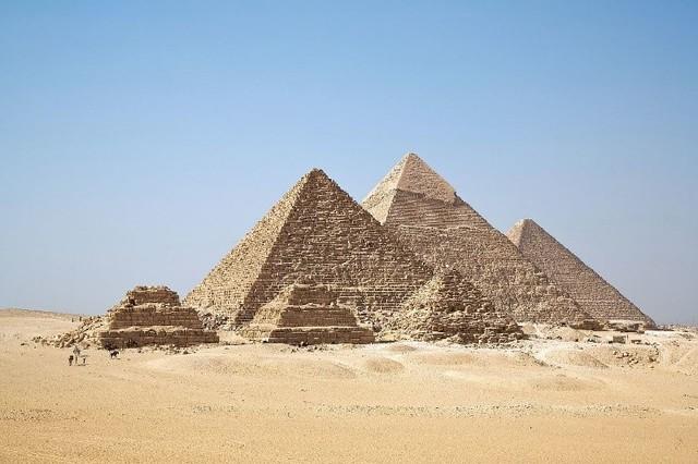 Construcción de las pirámides de egipto.