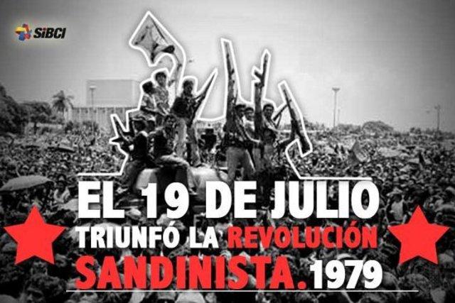En Nicaragua triunfa la Revolución Popular Sandinista en contra la dictadura de Anastasio Somoza García