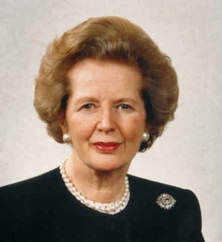 Margaret Thatcher (Partido Conservador) se convierte en la primera mujer en ser Primer Ministro del Reino Unido
