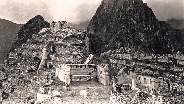 1300 d. C MACHU PICCHU