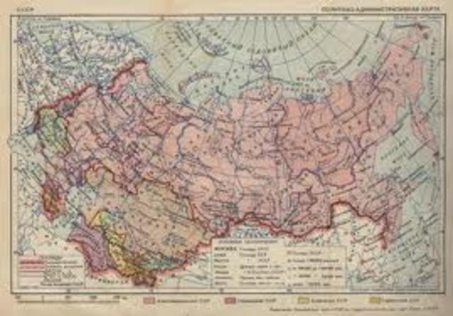 En la ex Unión soviética, 600,000 eran los que seguían estudios por correspondencia