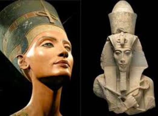 Akhenaton and Nefertiti begin their rule