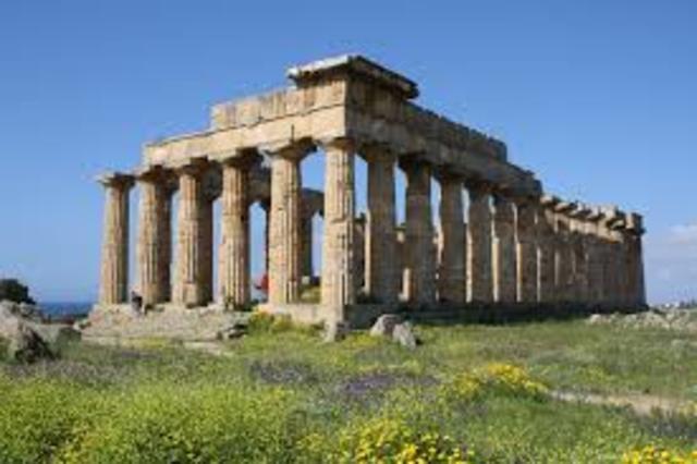 Greeks colonize the Mediterranean