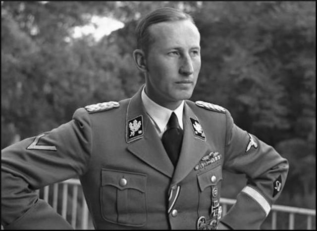 Orden de Reinhard Heydrich de habilitar ghettos y Judenrats en Polonia ocupada.