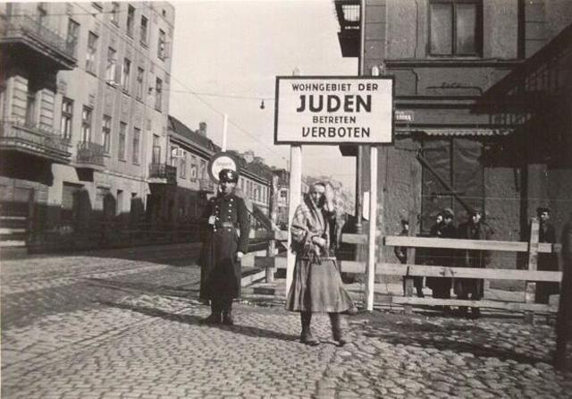 Manifestaciones en masa de hambrientos, en el ghetto de Lodz (Polonia)