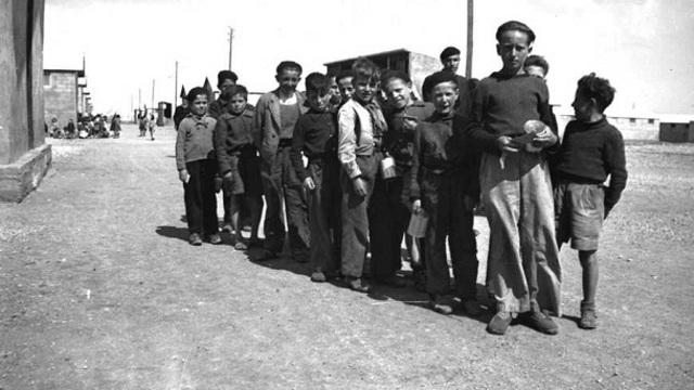 Se abre el campo de concentración de Rivesaltes (Francia)
