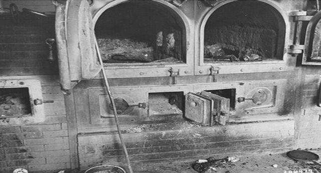 Comienza a funcionar el primer crematorio del campo Gusen (Austria)