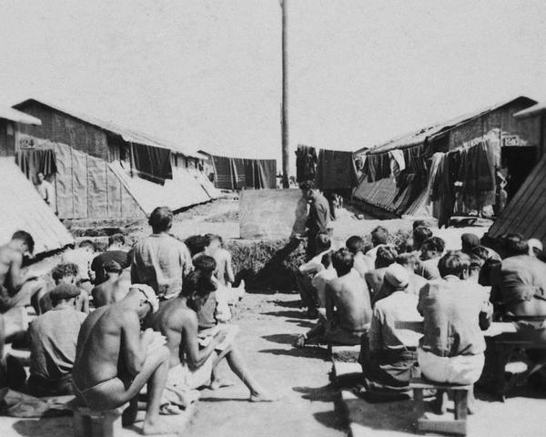 Se evacua el campo de concentración de Gurs (Francia)