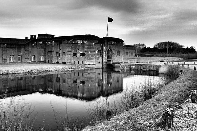 Se evacua definitivamente el campo de concentración de Breendonk (Bélgica)