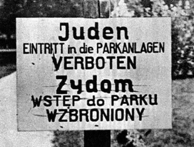 """En las entradas a municipios y ciudades, y en restaurantes y almacenes, aparecen carteles """"Juden Verboten"""" (Prohibida la entrada a judíos)"""