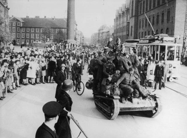 El ejército alemán domina Dinamarca y la parte meridional de Noruega. Ocupación de Copenhague y Oslo. El subcampo Gusen (Austria) ya tiene 800 prisioneros.