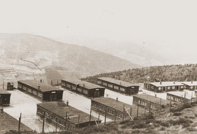 Se abre el campo de concentración de Natzweiler (Francia)