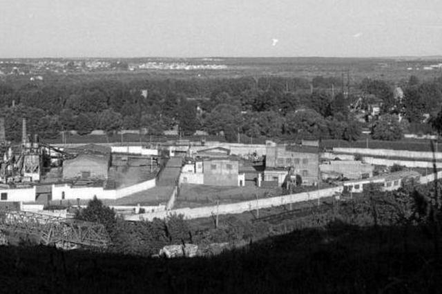 En Septiembre de 1941 se abre el campo de exterminio de Janowska (Ucrania) y el de concentración de Poniatowa (Polonia)