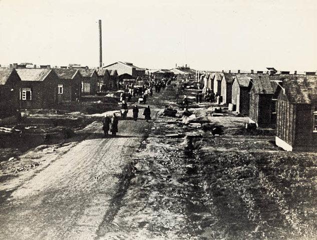 Se abre el campo de concentración y tránsito de Westerbork (Holanda)