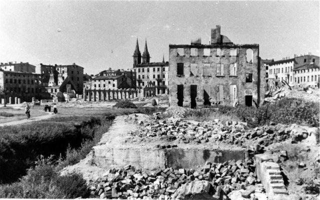 Sublevación del ghetto de Bialystok (Polonia). Sublevación en el campamento de trabajo de Krichov, en el distrito de Lublin (Polonia)