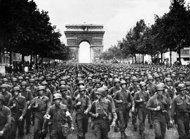 La ciudad de París (Francia) es liberada por tropas aliadas.