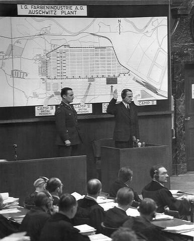 Testimonio de Otto Ohlendorf en los Juicios de Nuremberg sobre los Einsatzgruppen (IMT-UK-81)