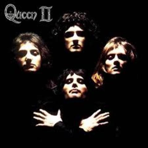Publicacion segundo album : Queen II