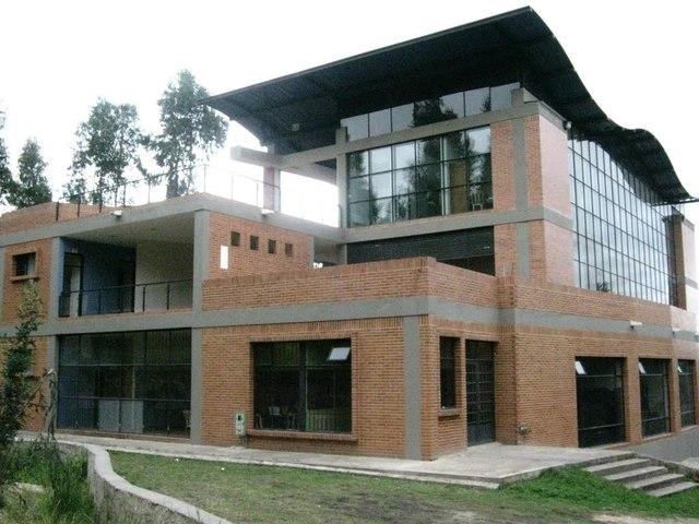 Construcción Edificio para Música
