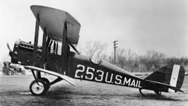 Postal Service Started to use airplanes