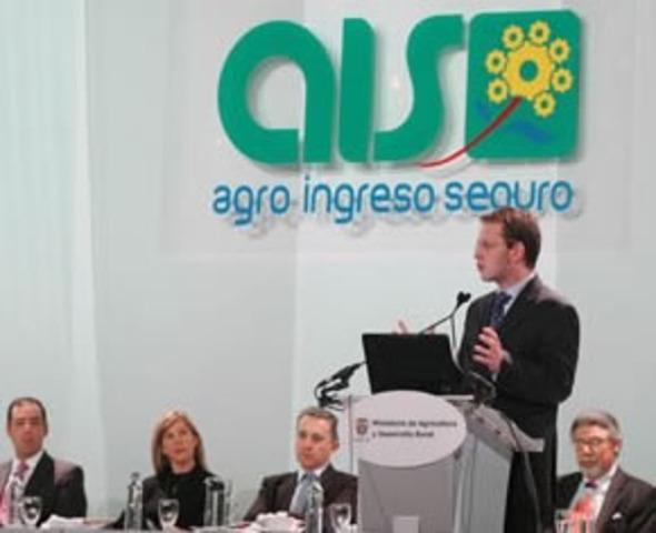 Por Agro Ingreso Seguro brinda explicaciones Andrés Felipe Arias