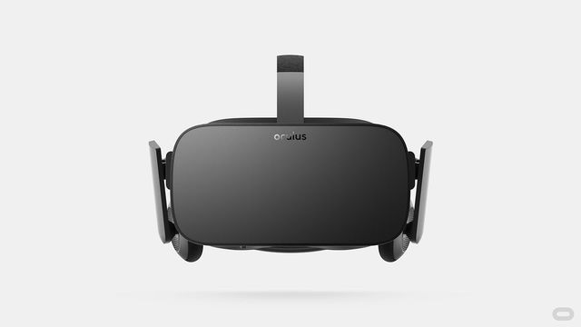 Oculus releases the Oculus Rift VR headset