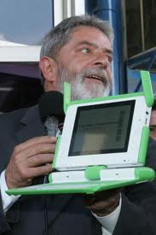Projeto Um Computador por Aluno (UCA).